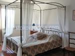 легло от ковано желязо с балдахин