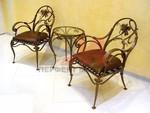 Столове и маса ковано желязо за интериор