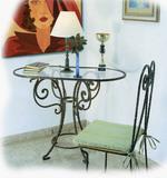Столове и маса ковано желязо за хижа