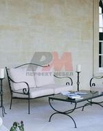 Столове и маса ковано желязо зa интериор