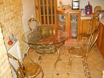 Столове и маса ковано желязо за дома и градината
