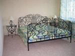 Железни спални