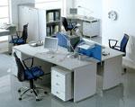 Бели офис мебели по поръчка