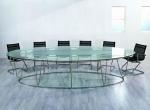 стъклена кръгла заседателна маса
