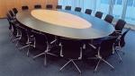 елипсовидна заседателна маса по поръчка 12 места