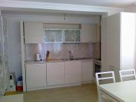 Мебели за кухня от MDF естествен фурнир и ясен