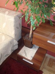 Спално обзавеждане от ламинирани плочи