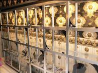 Стъклени стелажи за магазини за бижута