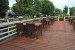 Универсален стол и маса от ратан за басейн за всесезонно използване