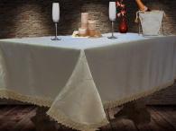 Покривка за маса с дантела