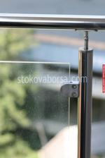 терасни парапети от инокс и стъкло