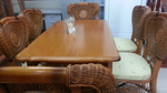 Столове с маса от естествен ратан