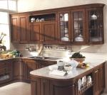 Кухня по поръчка, изработена от масивно дърво