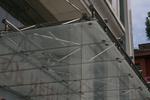 производство на стъклен навес по поръчка