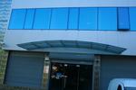 фирма за стъклени навеси