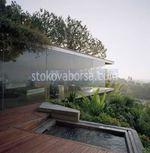 изработка на стъклена преградна стена