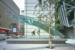 Изработка на индивидуални проекти за стъклени сенници