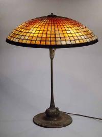 Изработка на лампи с витражи