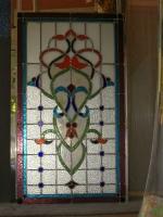 Изработка на декоративни цветни стъкла по поръчка