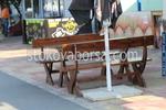 битови маси с две пейки