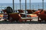 Дървени шезлонги за целогодишно ползване в морски  плажове
