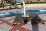 Дървени шезлонги за целогодишно ползване в спа плажове