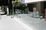 изграждане на ограда от стъкло