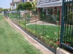 изработване на ограда от стъкло по поръчка