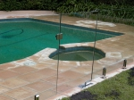 стъклени огради за басейни