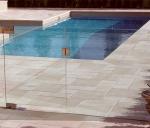 Стъклени огради за басейни по клиентска заявка