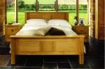 спалня от чам
