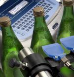 Принтер за маркиране и кодиране на бутилки