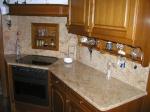 Професионална изработка на кухненски плотове от мрамор