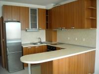 Модерна отворена кухня