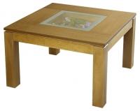 Декоративна дървена маса