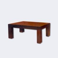 Дървена маса за дневна