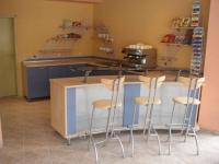 Мебели за обзавеждане на заведения