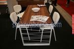 Модерна трапезна маса със столове