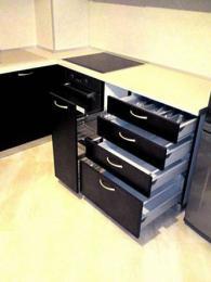 Модерни кухненски шкафове
