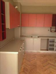 Кухня в изчистен дизайн по поръчка
