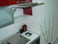 Кухненски шкафове по индивидуална поръчка