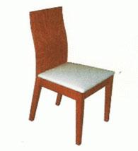Кухненски стол в светло кафяво