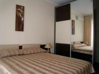 Стилен гардероб за спалня