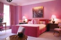 луксозни Спални и легла с тапицирани табли