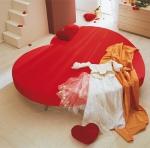 Кръгла спалня с дамаска лукс