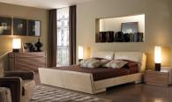 Модерна тапицирана спалня