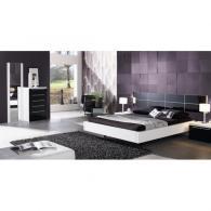 Спалня 73, легло в бяло и черно