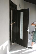 изработка на външни врати от масив
