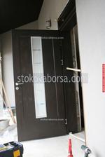 фирма за външна врата от дъб