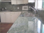 Луксозен мраморен кухненски плот